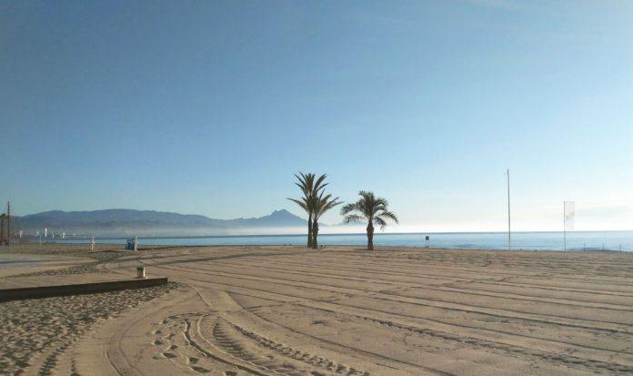 Cuando se abren las playas de Alicante